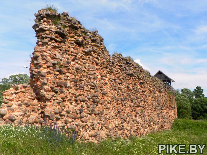 Замок в Крево