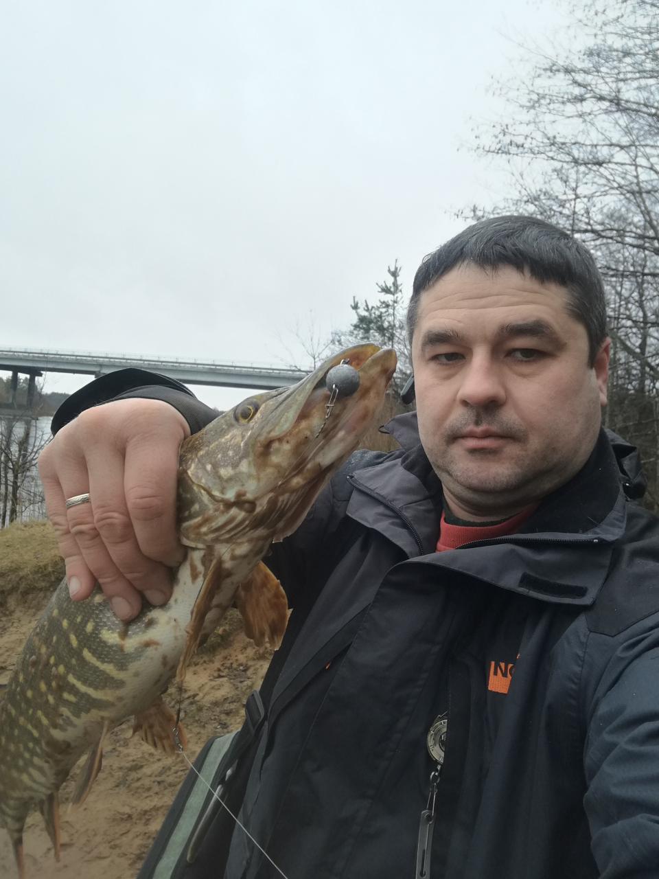 Пробежался сегодня по Неману в районе моста Ивье-Новогрудок,погода ...   Отчеты о рыбалке в Беларуси
