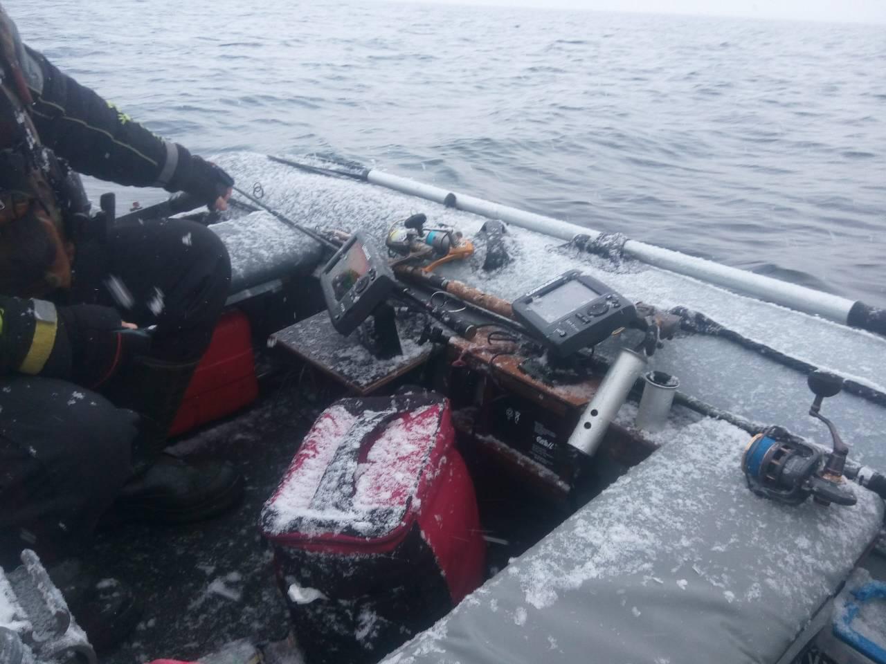 Два дня (сб-вс), закрывал(и) спиннинговый сезон 2017 на озере Нарочь ... | Отчеты о рыбалке в Беларуси