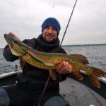 Уже довольно много видеомы выпустили про рыбалку на озере Нарочь