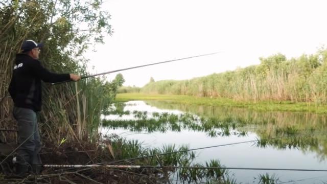 Удочка и катушка для болонской ловли